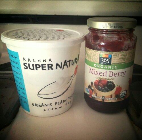 Yogurt and Mixed Berry Conserve
